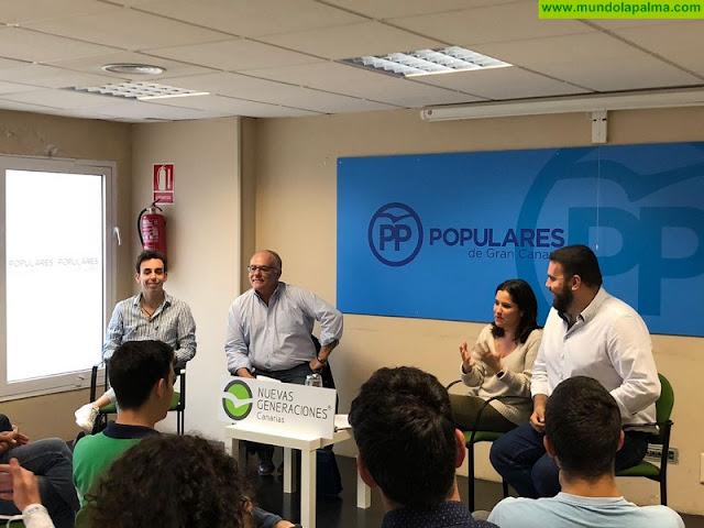 Carlos Cabrera participa en la Escuela de Formación de Nuevas Generaciones de Canarias