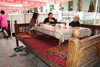 Kyrgyzstan, Bishkek, Togolok Street, Jalalabad Chaikhana, topchan, © L. Gigout, 2012