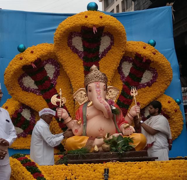 Ganesh Chaturthi, Ganesha, Dagadusheth Halwai, Dagadusheth Halwai Ganapathi, Kasaba Ganapathi, Shaviwar Peth
