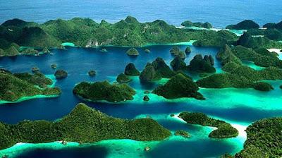 tempat wisata populer di indonesia