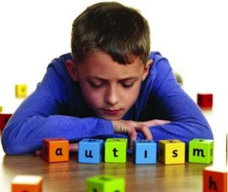 jika anak austime kita perlu melakukan perawatan yang di dasari ilmu untuk anak autisme