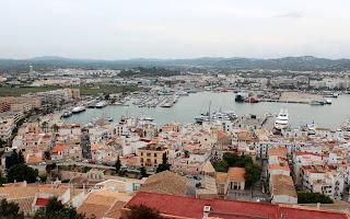 Vistas del Puerto de Ibiza desde la Dalt Vila