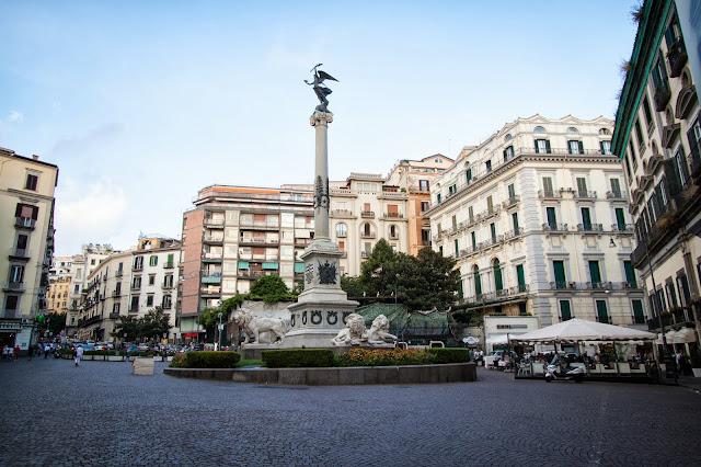 Piazza dei martiri-Quartiere Chiaia-Napoli
