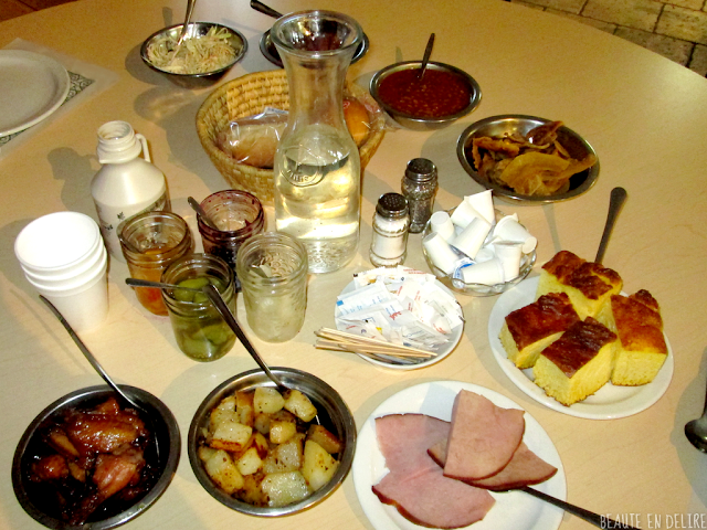 Le vaste choix du repas principal de la cabane JaRo.