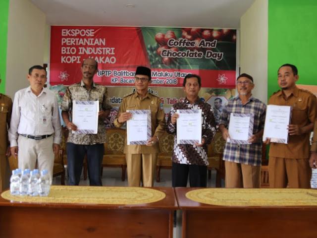 Iswan Hasjim Buka Ekspose Pertanian Bioindustri Kopi dan Kakao di Bacan