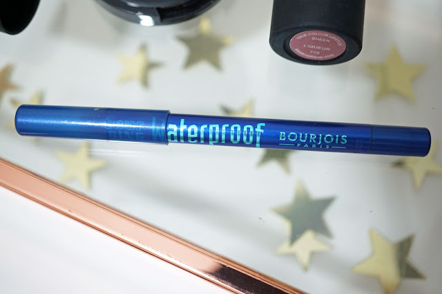 A picture of Bourjois Contour Clubbing Eyepencil in Blue Neon