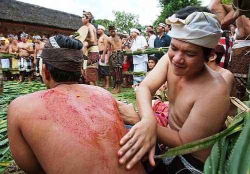 Perang Pandan, Tradisi Perang Dari Bali