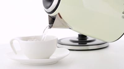 Russell Hobbss 18943-70 Cream classic czajnik elektryczny