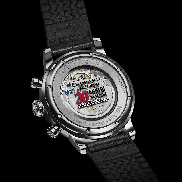 This year CHOPARD celebrates the 30th anniversary of its sponsorship of the Mille Miglia race between Brescia and Rome. Each year, CHOPARD celebrates the classic car race with a limited-edition sports watch. The Mille Miglia 2018 Race Edition is a numbered series with a COSC-certified movement that has a rate variation within -4 to +6 seconds per day.