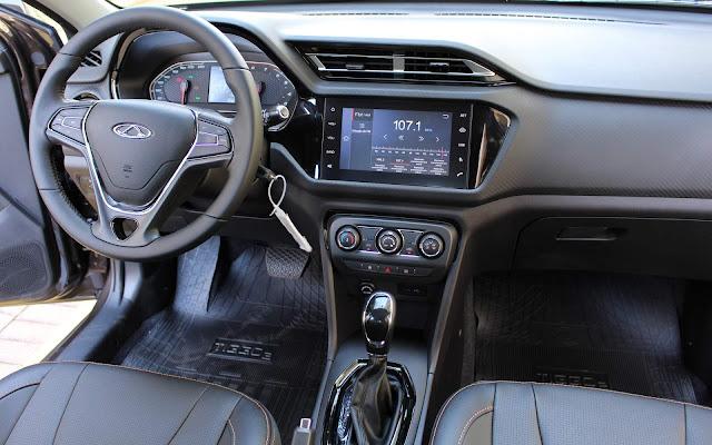 Caoa Chery Tiggo 2 Automático - interior