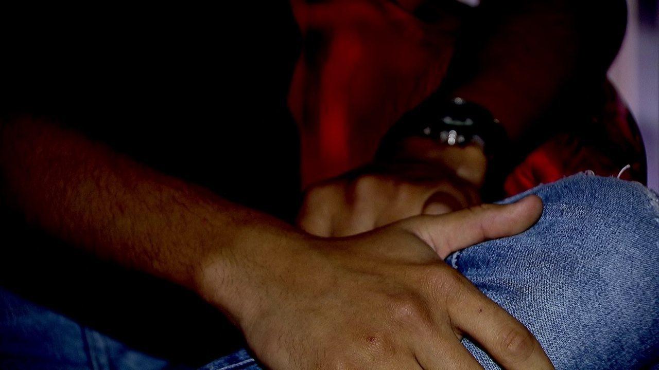 Jovem grava agressão homofóbica no DF: 'Aqui é clube de homem, rapaz'; veja vídeo