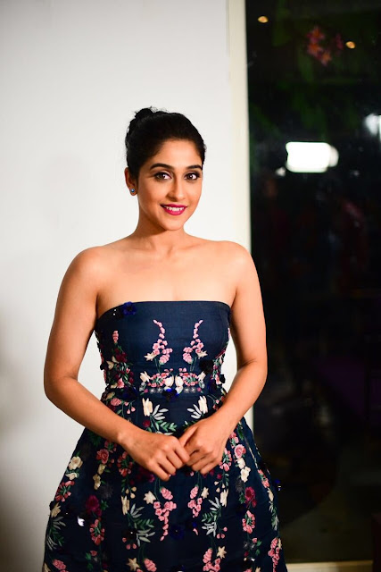 Regina cassandra midi dress for Jyo achyutananda promotions