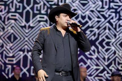 julion alvarez en concierto 2018 vevo en vivo
