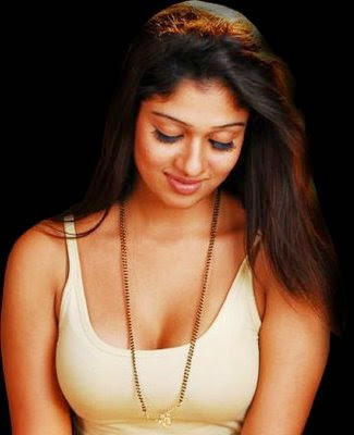 Malayalam actress hot photos Nayanthara navel show