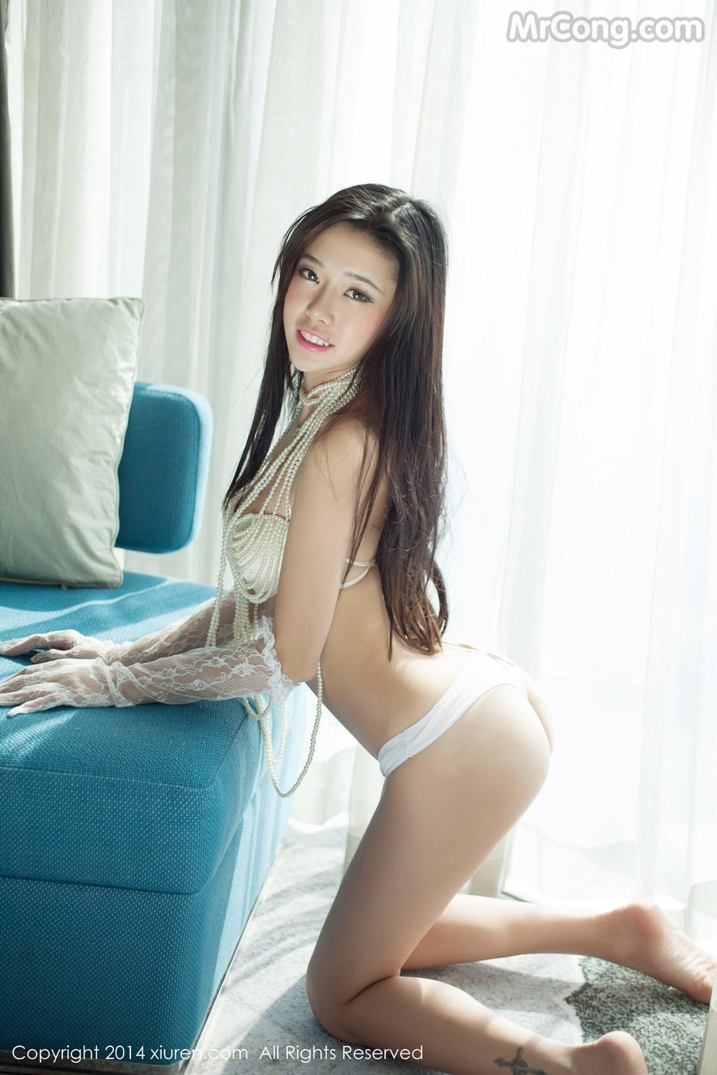 Image MrCong.com-XIUREN-No.147-Luvian-Ben-Neng-027 in post XIUREN No.147: Người mẫu Luvian (本能) (62 ảnh)