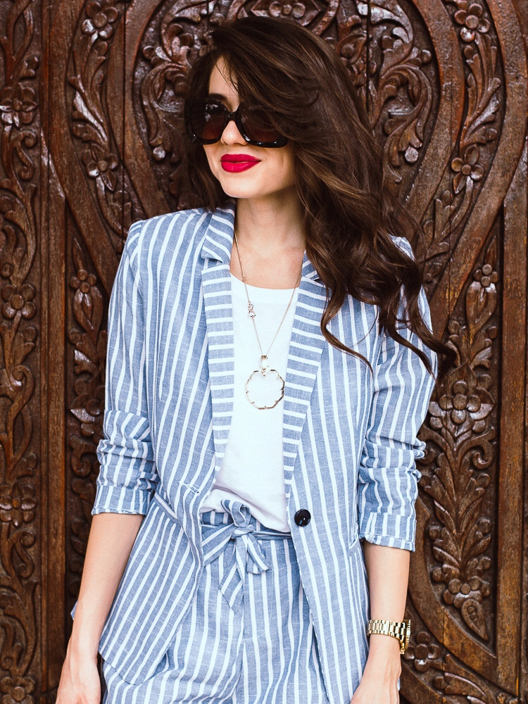 fashion-blogger-streetstyle-striped-suit-shein-doufle-bag-zara-outfit