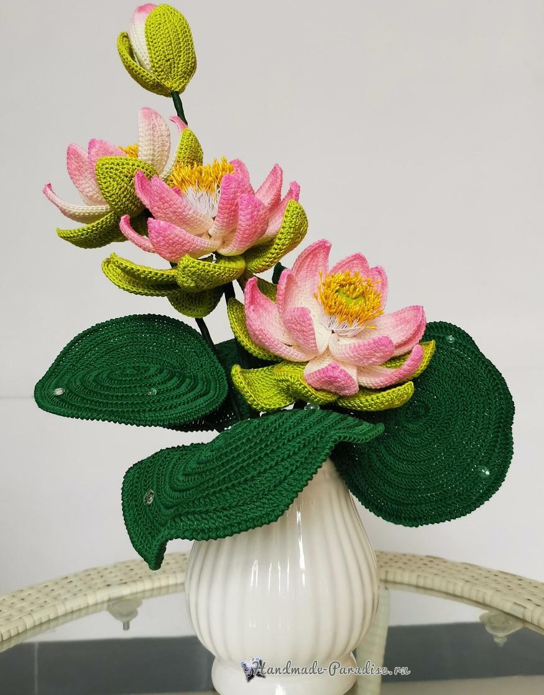 Большие цветы крючком - букет лотосов (2)