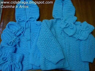 779e86f6bb0a1 Olá meninas...tenho feito alguns conjuntinhos de tricô para meninos