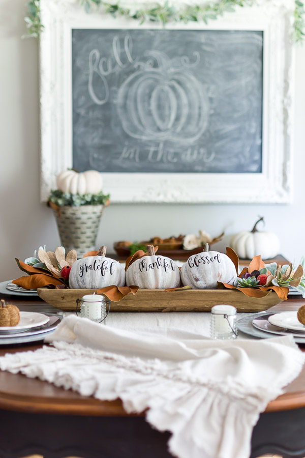 antiqued pumpkins table centerpiece