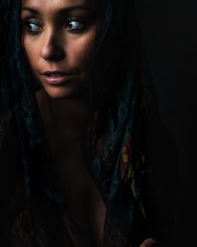 Lucinda Rhodes Thakrar