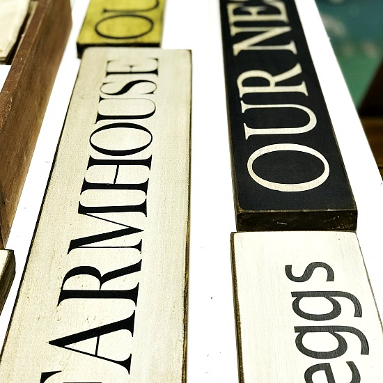 DIY Rustic Signs Using a Vinyl Stencil