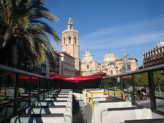Explorando Valência (Espanha) com o ônibus turístico hop on hop off