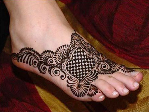 Mehndi For The Hair : Mehndi design bail hair care tips and excellent