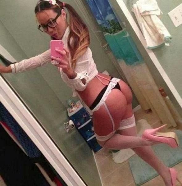 Amanda bynes boob grab
