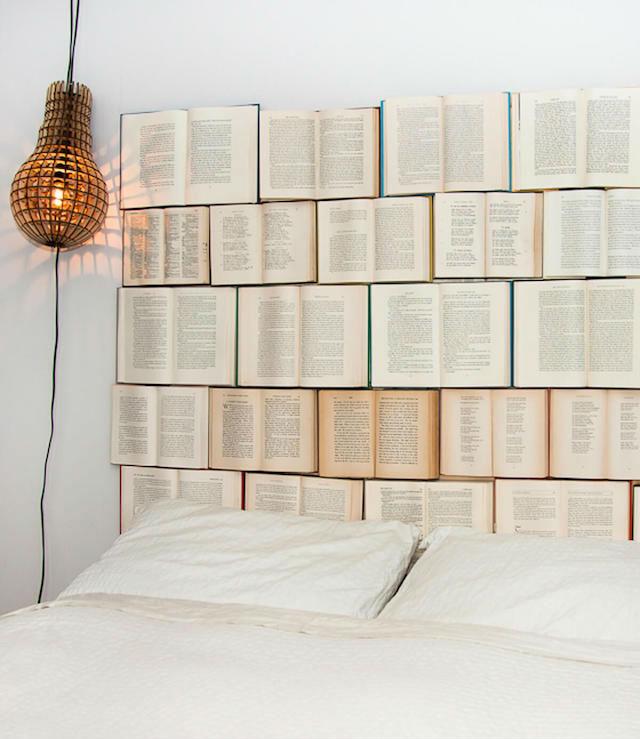 7 formas creativas de reciclar libros viejos (DIY), libros como cabecero de cama