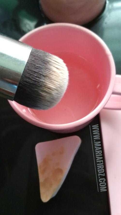 Cara Basuh Berus dan Span Make Up
