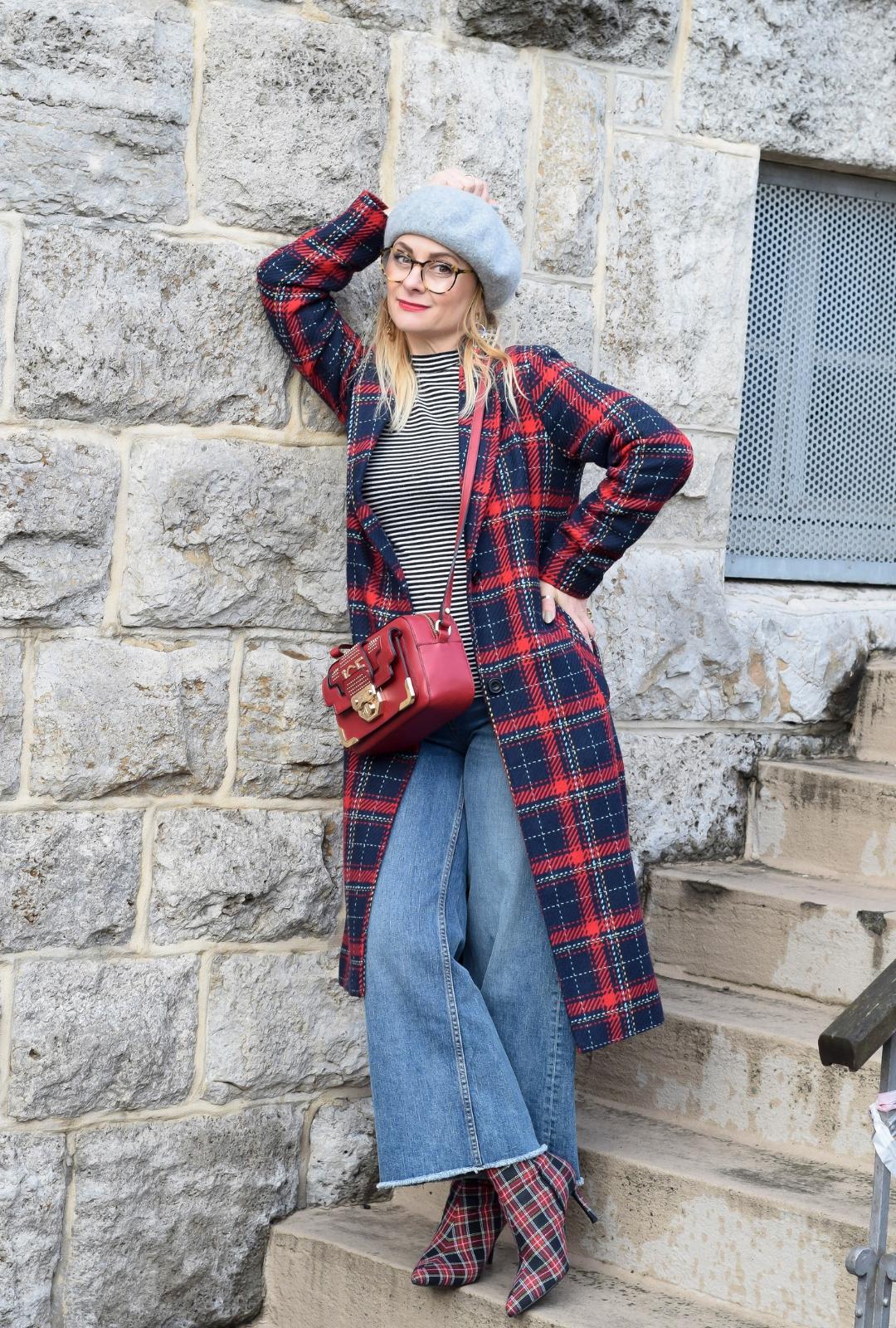 Outfit mit kariertem Mantel / Welches Muster passt zu Karos?