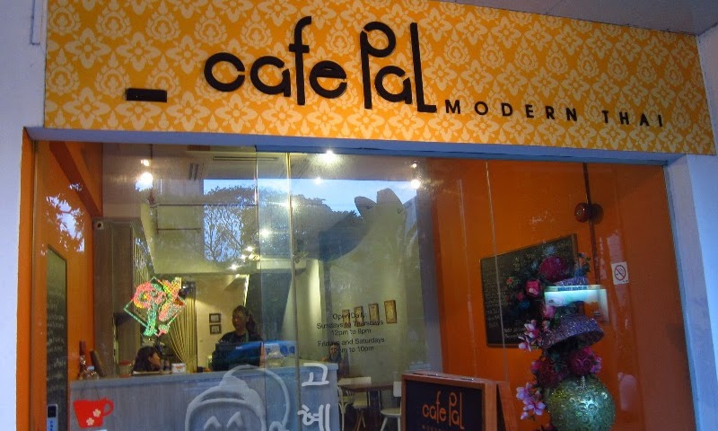 Cafe Pal: Nice, reasonably priced Thai food