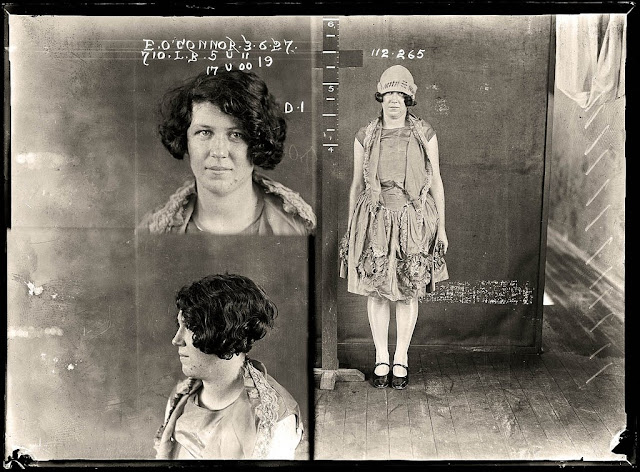 Kobiety z lat 20-stych w areszcie