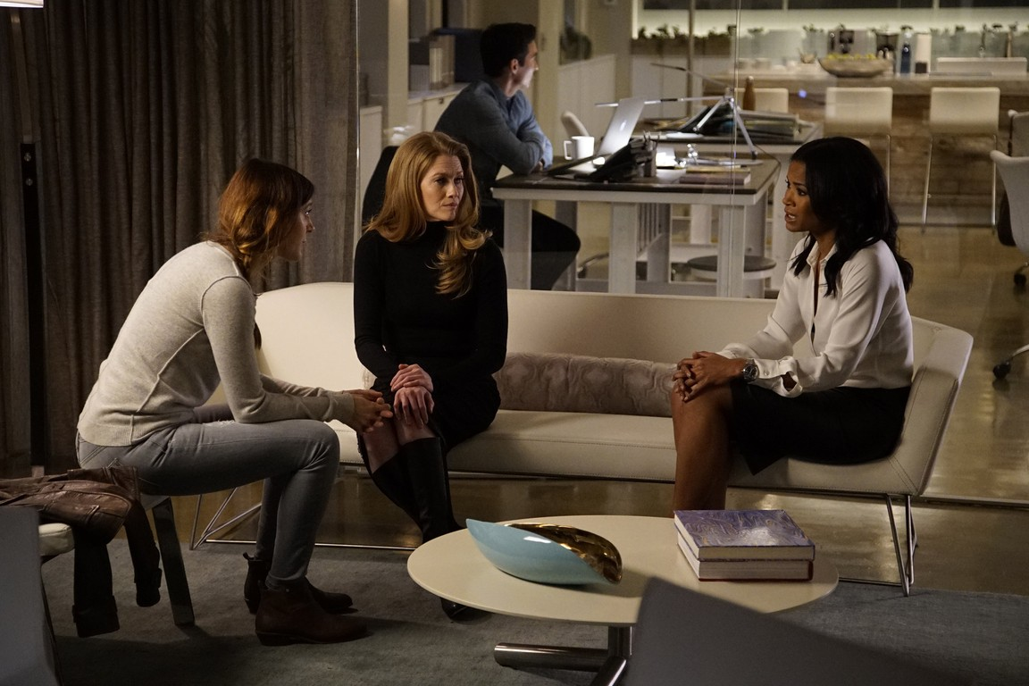 The Catch - Season 1 Episode 04: The Princess and the I.P.