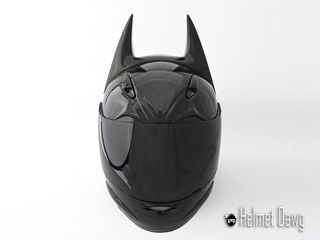 0bf725085 Capacete do Batman (frente) - Dark as Night - Helmet Dawg