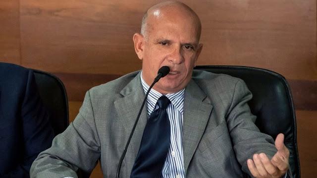 """EUROPA: Arrestado Hugo """"El Pollo"""" Carvajal en España y su detención enciende las alarmas en Venezuela."""