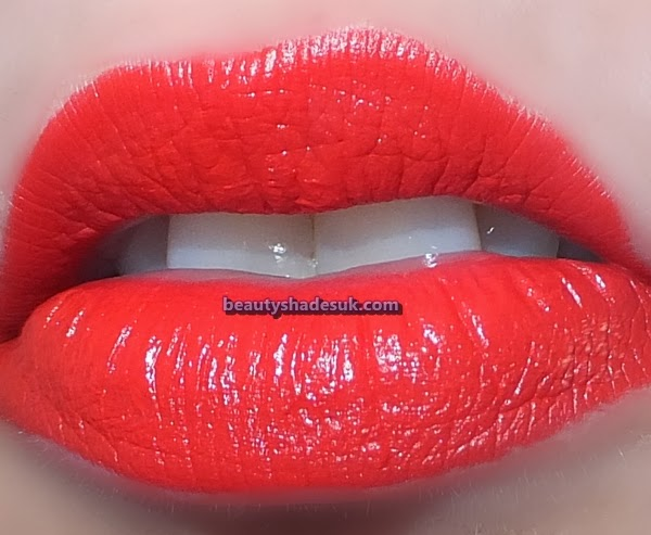 Mac So Chaud Lip Swatch