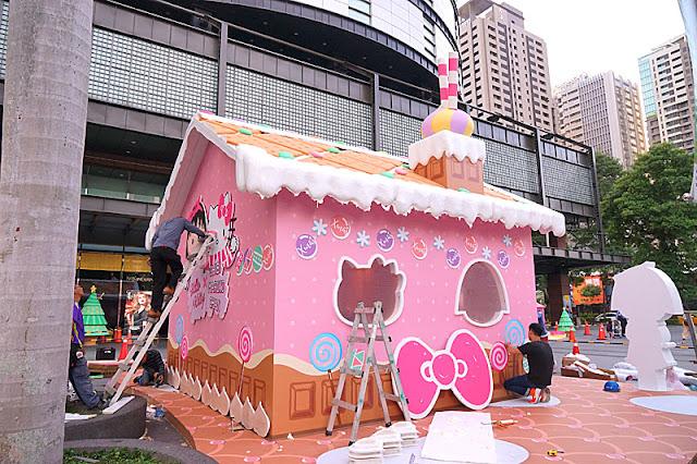 DSC08309 - 台中聖誕節活動│小丸子 hello kitty摩天輪與聖誕村造景就在台中新光三越搶先看