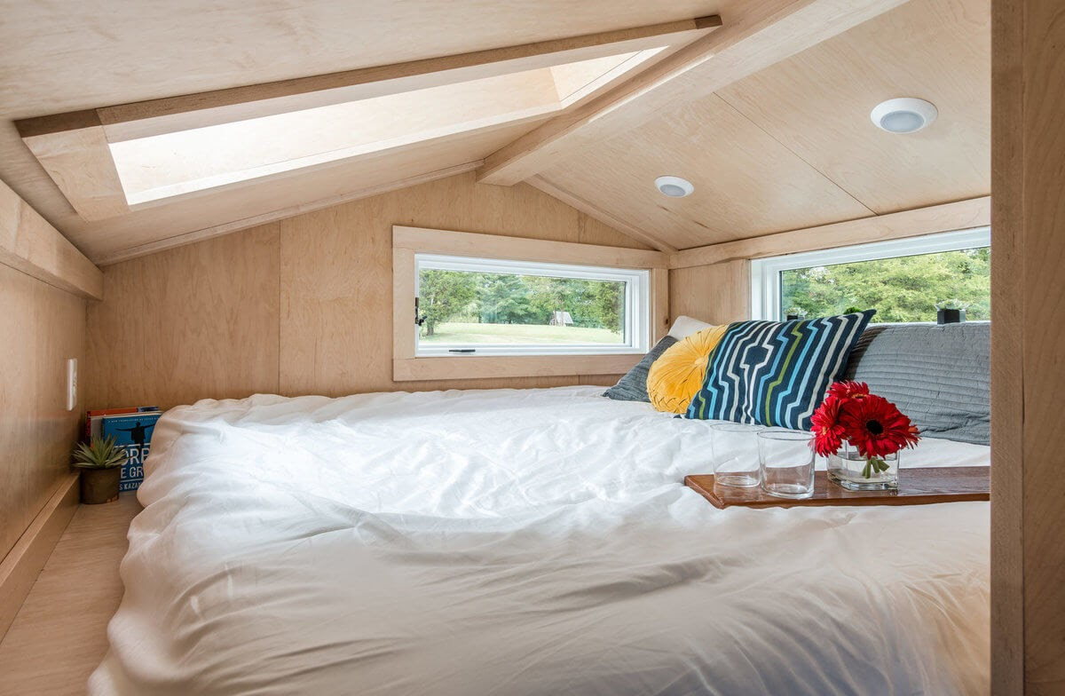 08-Master-Bedroom-New-Frontier-TH-Architecture-The-Orchid-Tiny-House-www-designstack-co