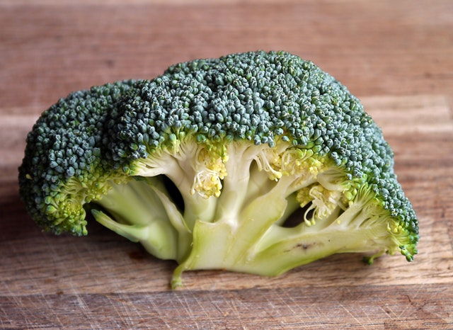 10 Best Foods for Women's Health - green broccoli vegetable on brown wooden table