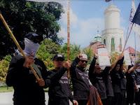 PERANG SIMBOL, DAKWAH SMIOTIK: Sebuah Apresiasi untuk Komunitas Royatul Islam