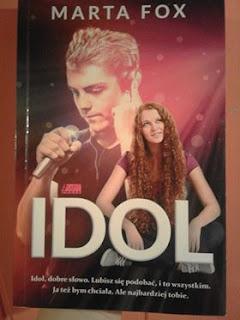 """""""Idol"""" Marta Fox"""