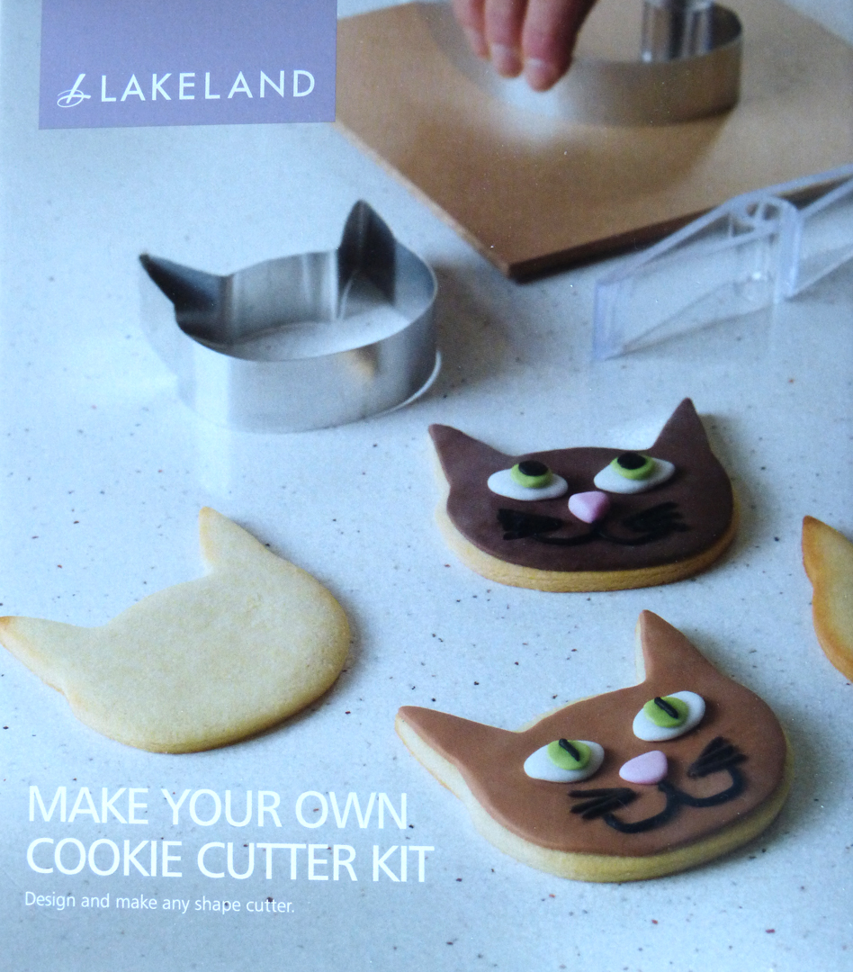 Cookie cutters found this diy kit at lakeland for making your own cookie shapes this means i can make them a bit thinner and sharper so they will look less cookie solutioingenieria Choice Image