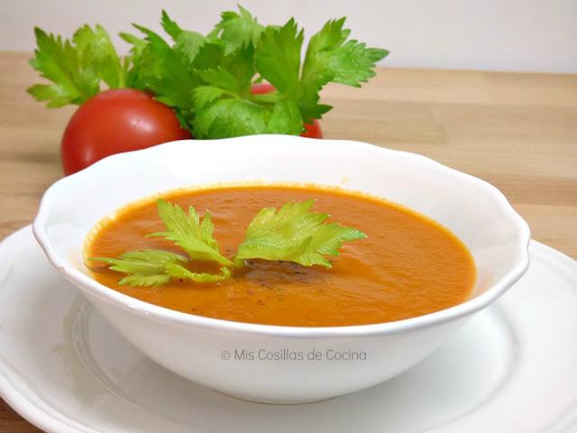 sopa de tomate y apio