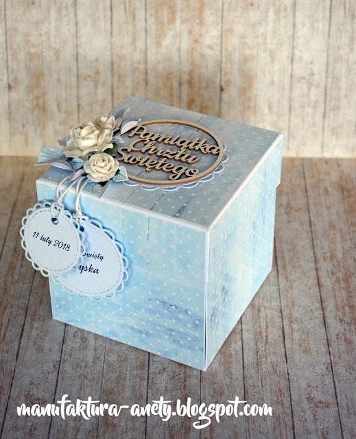 pamiątkowy box w pastelowych kolorach