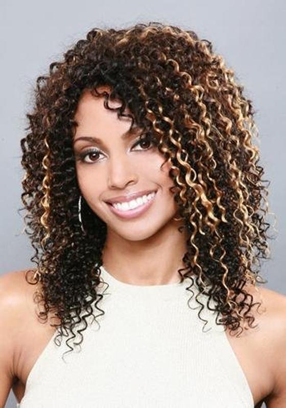 Morena cabelo afro cheio 2