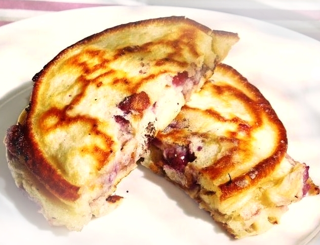 blackberry-pancake-recipe-suzy-bowler