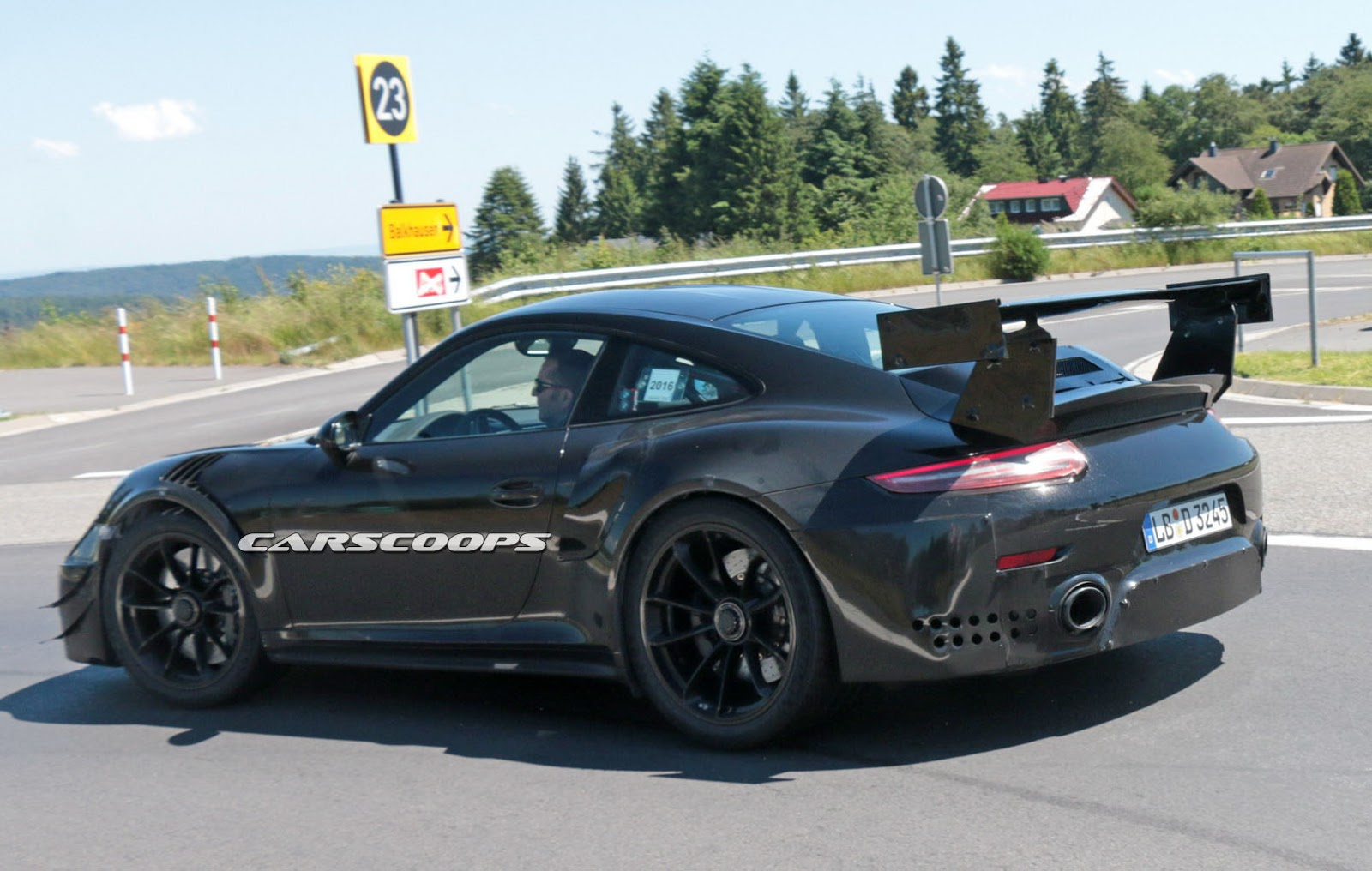 porsche says the new gt2 rs won 39 t get a manual 39 box. Black Bedroom Furniture Sets. Home Design Ideas