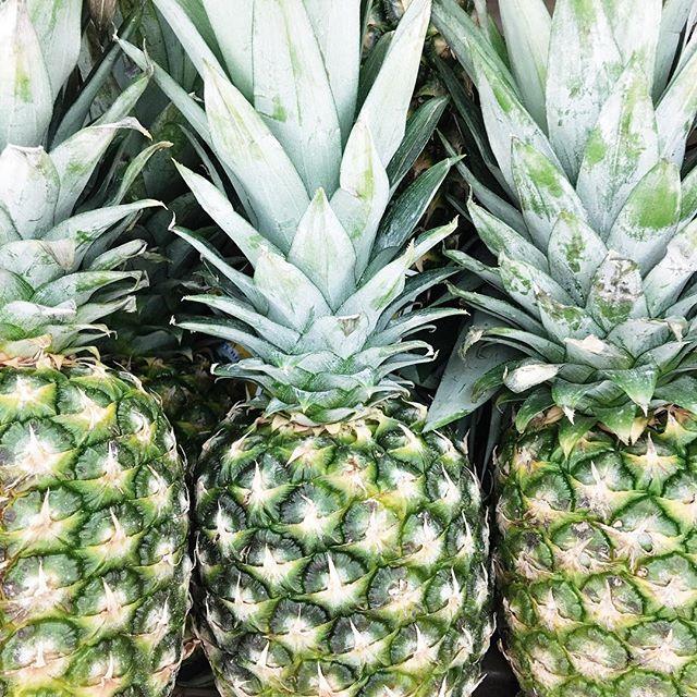 summer-pineapples