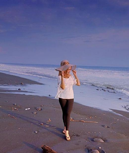 Wisata Pantai Bambang Menjadi Pantai Terindah Di Lumajang